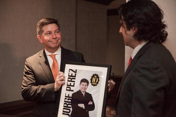 Honoring Top 10 Líder Jorge Perez, SVP North America, Manpower