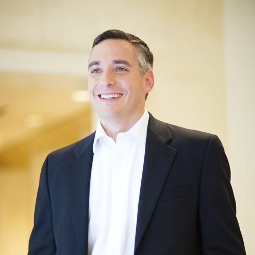 Auto Finance Companies >> On Leadership with Javier Rodriguez - Hispanic Executive