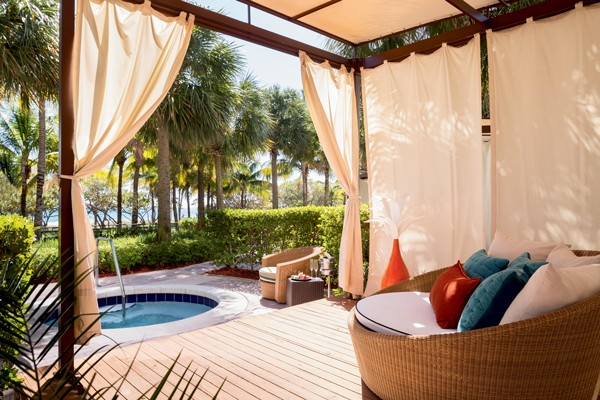 Personal cabanas, each with its own private patio and plunge pool, redefine exclusivity.