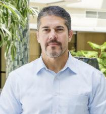 John Ortiz, Corporate VP Retail and Operations, Albertsons, portrait thumbnail