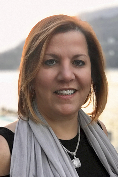 Vicky Garcia, Cruise Planners, portrait