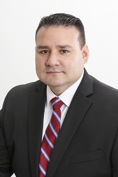 Alan Cardenas, Lead Counsel, Siemens, portrait