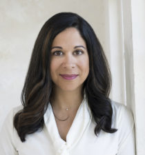 Lisa Feria, CEO, Stray Dog Capital, portrait thumbnail