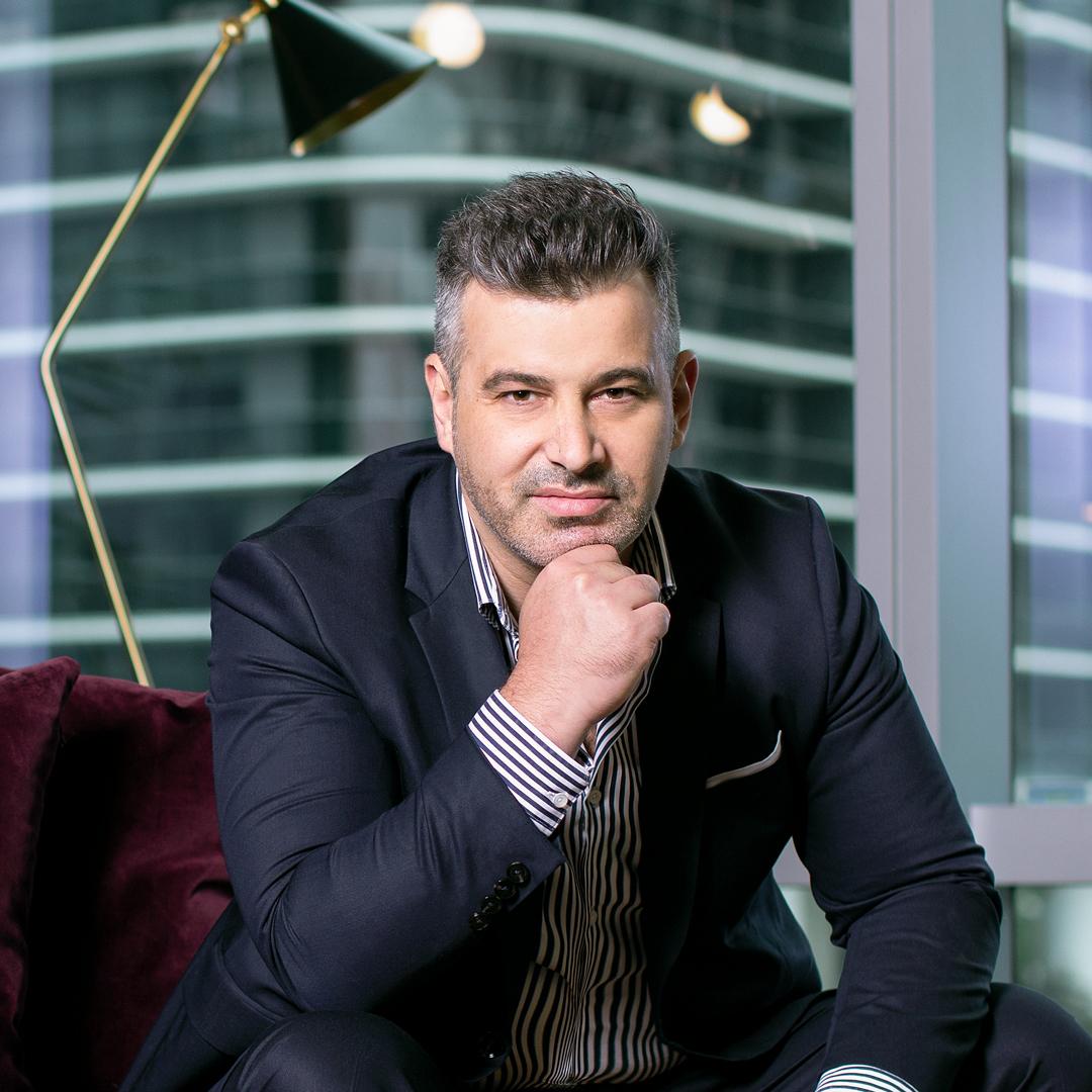 Nuno Fernandes, CEO, Ilumno, portrait seated thumbnail