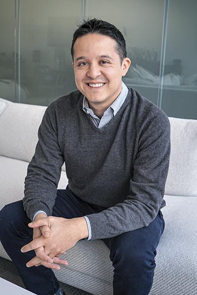 Alvaro Almanza, Kensho Technologies, portrait sitting