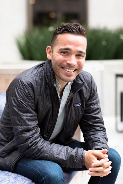 Ariel Francisco Ruiz, Uber, portrait sitting
