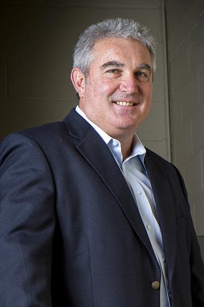 Jorge Titinger, portrait