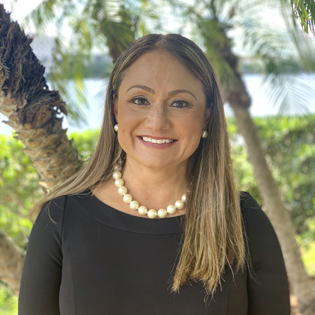Paola Mora, Associate General Counsel, Club Med North America portrait thumbnail
